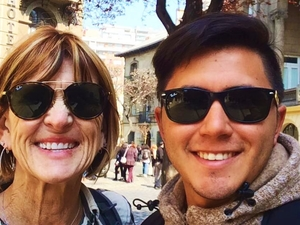 Walking through the city as a Chilean would – 1 Full Day Tour Photos