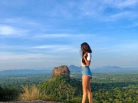 Private Day Tour Sigiriya Rock and Dambulla Cave Temple Tour