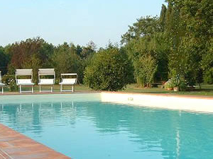 Holiday Home for 10 People in Lucca Italy Photos