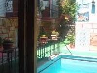 Kusadasi Garden Pool By Sezgins Guesthouse