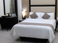 ROYAL SUITE - BEDROOM