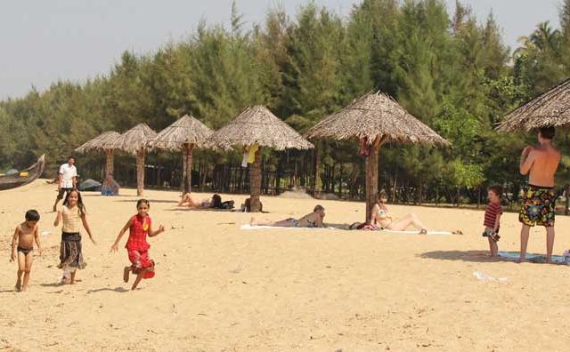 Cochin to Kanyakumari Southwest Coastal Tour Packages Photos