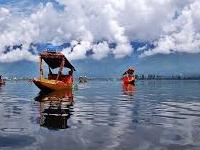 Dal Lake In Kashmir,india