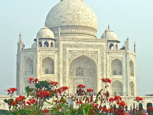 Taj Mahal Day Tour from Delhi by A/c Private Cab