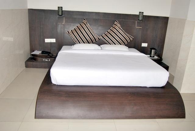 Hotel Crown- Jaipur, Rajasthan Photos