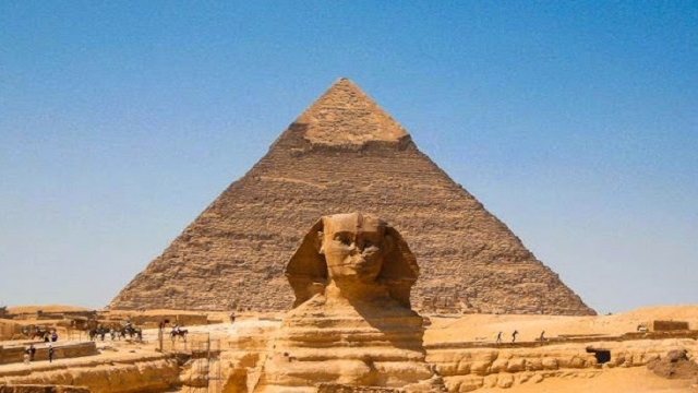 Guiza Pyramids, Sphinx at Giza, Memphis and Sakkara With Lunch Photos