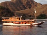 Sailing Komodo Photos