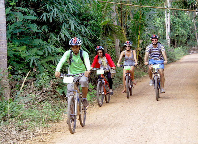 Cycling to Banteay Srei Temple Photos