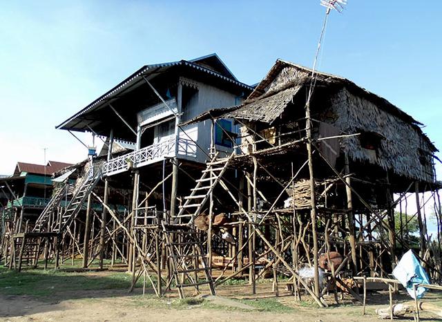 Kompong Khleang Tour Floating Village & Stilt Houses Photos