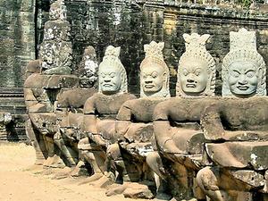 Angkor Explorer Tour 2 Nights 3 Days Fotos