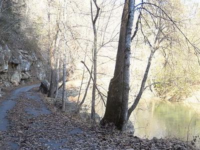 Pound River