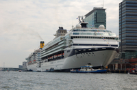 Amsterdam Arrival Transfer: Cruise Port to Central Amsterdam Photos