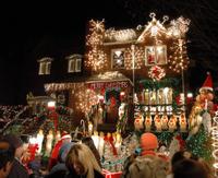 Brooklyn Christmas Lights Tour of Dyker Heights Photos
