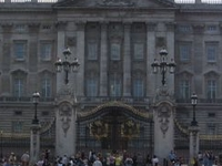 Buckingham Palace and Windsor Castle Day Trip from London
