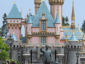 Las Vegas to Anaheim Multi-Day Tour Including Disneyland and California Adventure Hopper Pass Photos