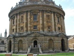 Small-Group Day Trip to Oxford, the Cotswolds and Stratford-upon-Avon from London Photos