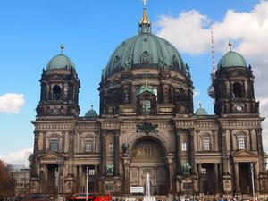 Berlin Highlights and Hidden Sites Historical Walking Tour Photos