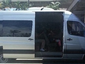 Shared Arrival Transfer: Honolulu Airport to Hotel or Cruise Terminal Photos