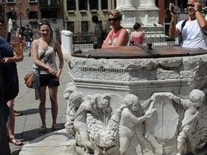 Skip the Line: Venice Walking Tour with St Mark's Basilica Photos
