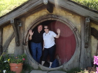 Waitomo Caves and 'The Lord of the Rings' Hobbiton Movie Set Day Trip from Auckland