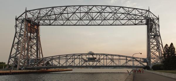 Resultado de imagen de Duluth puente