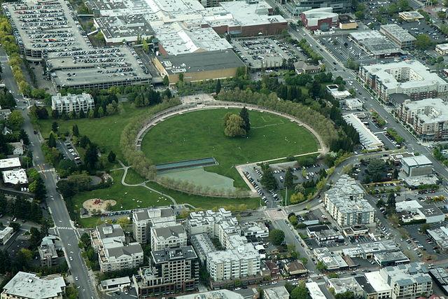 Bellevue Downtown Park Bellevue United States Tourist