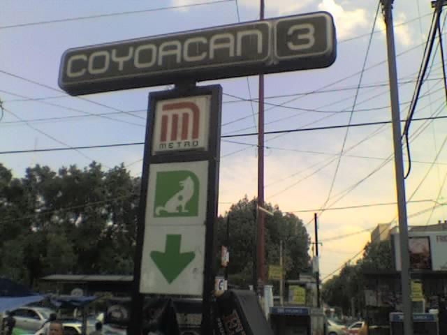 Metro coyoac n ciudad de m xico m xico informaci n tur stica for Fuera de aqui horrible estacion