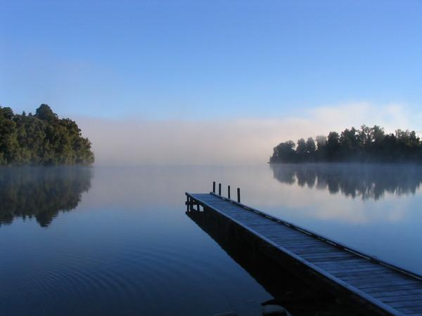 lake-mapourika-_mapourika-_-n-z.jpeg